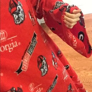 Other - UGA (GEORGIA BULLDOGS) SNUGGIE